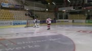 U13-Eishockey-Mannschaft aus sterreich feiert groen Erfolg